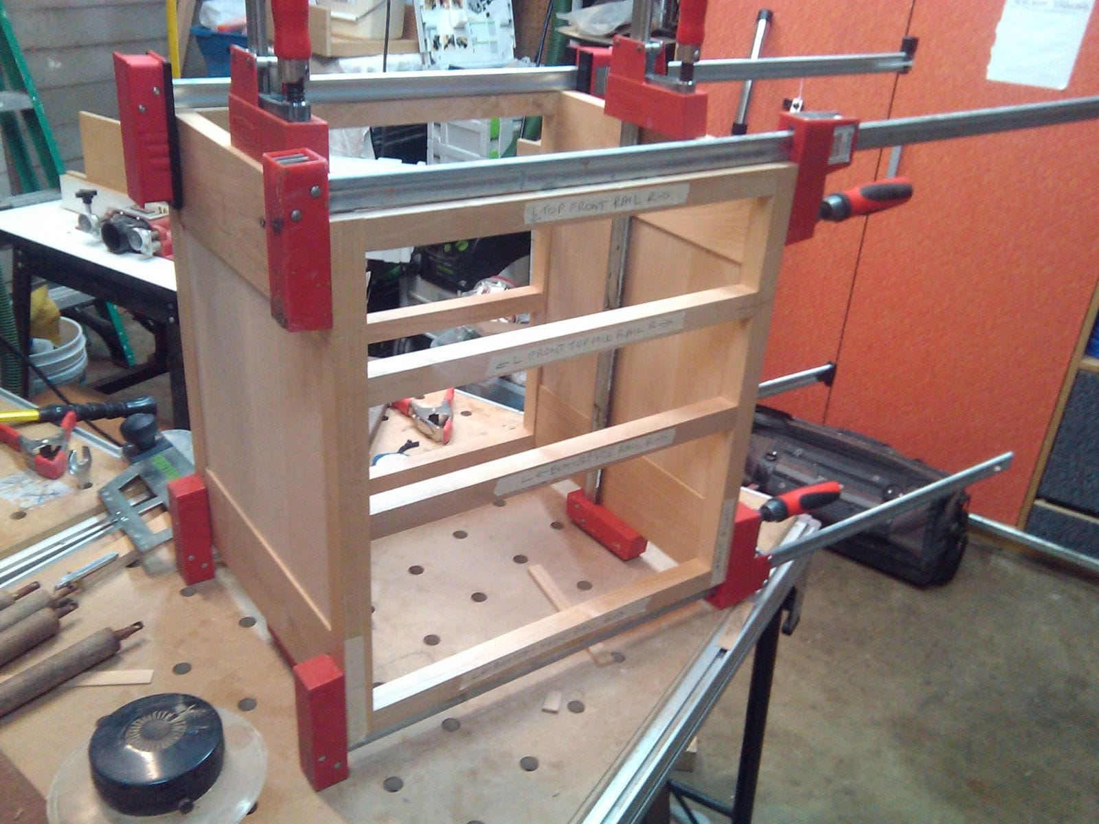 Dry fit ... looking good so far. All panels were joined with dominos ... and so was the face frame.