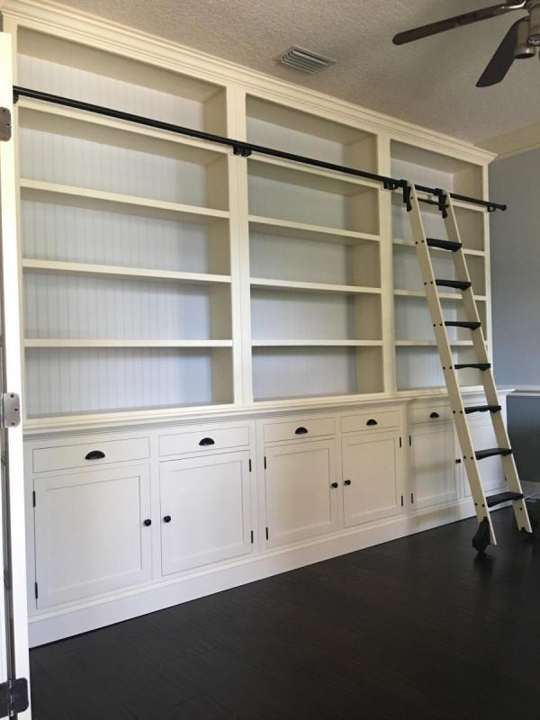 bookcase_main.JPG