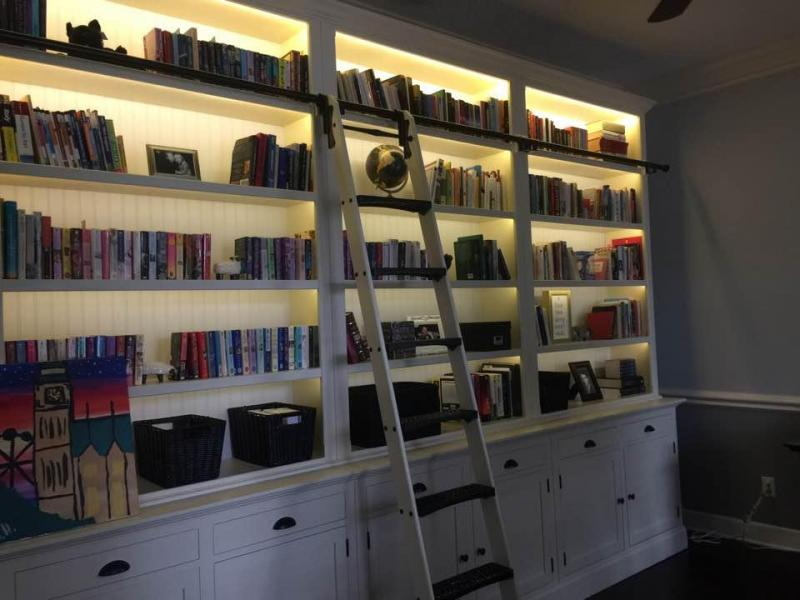bookcase_with_books.jpg