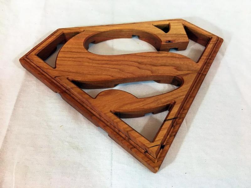 1320231175_001-Supermantrivet.thumb.JPG.a5c871dcdea1867fa6f85f8e6a1badf7.JPG