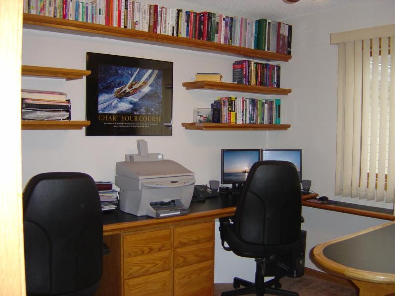 1931487646_Office-new1.thumb.JPG.fbbb9eb5a240082f547dd0eb8a199658.JPG