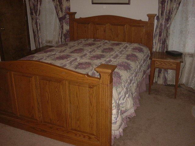 bed1.jpg.2fc1f620b4bc5e75fb8d2449c8d184d5.jpg